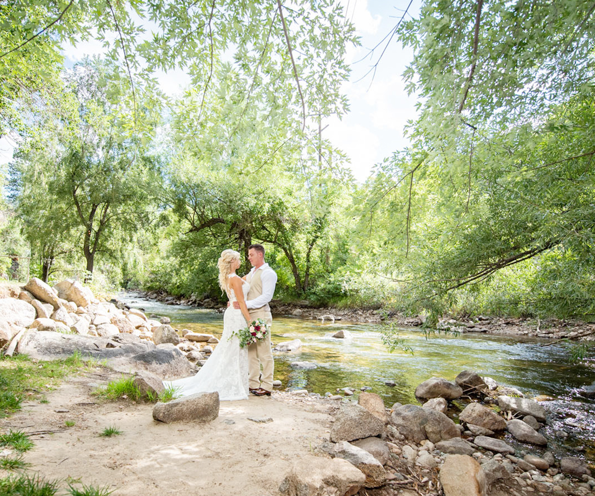 Escape to a luxurious mountain retreat where a rippling creek and century-old pines welcome you to an incredible setting at Boulder Creek by Wedgewood Weddings!