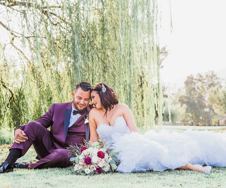 Beautiful Weeping Willow at Sierra La Verne - Wedgewood Weddings