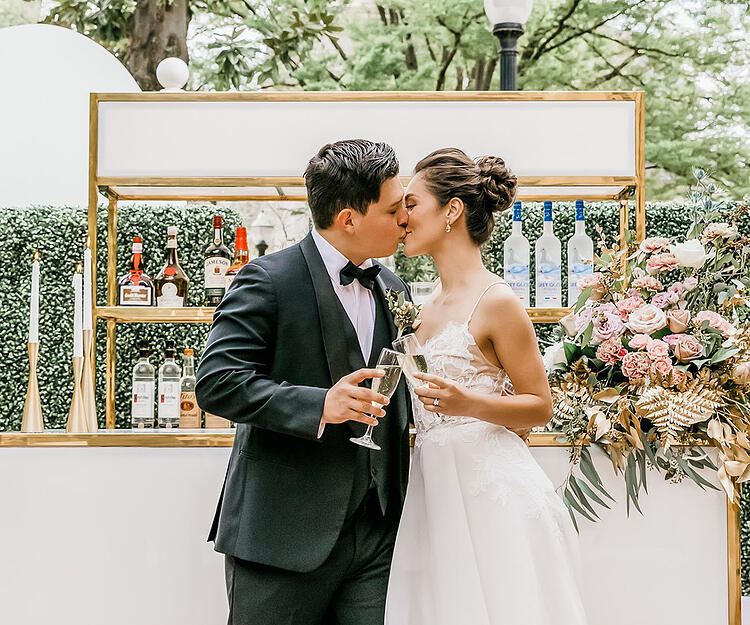 Sterling Hotel by Wedgewood Weddings: Share a moment!