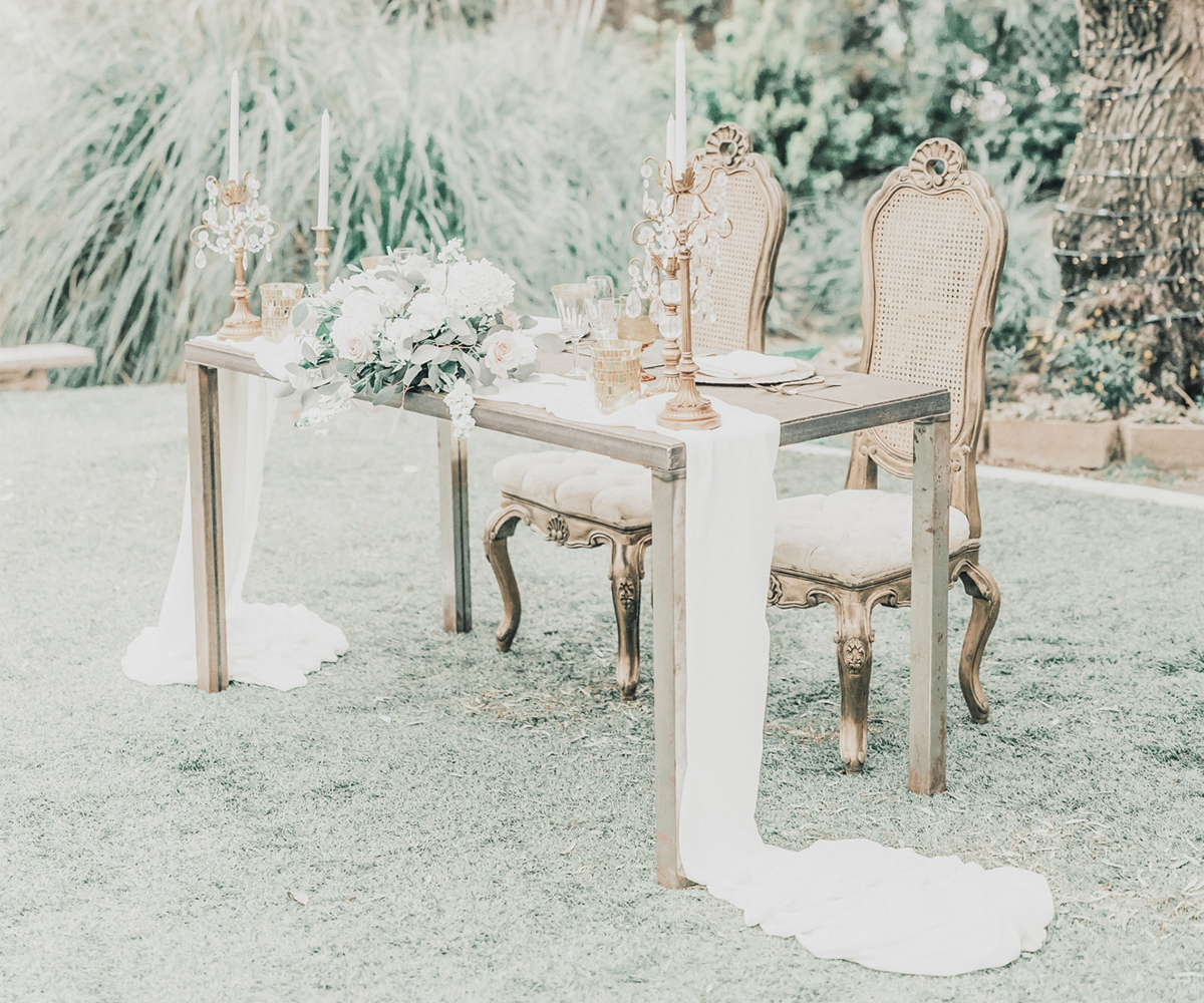 8-The Orchard by Wedgewood Weddings Sweetheart Table