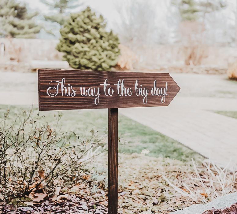 Wood Signage at Granite Rose by Wedgewood Weddings