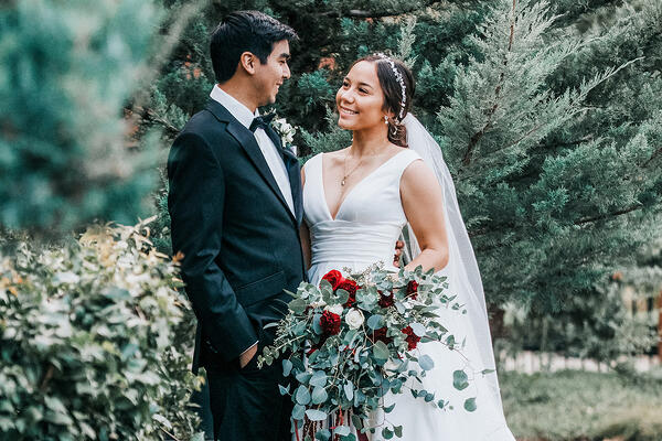 Evergreen Springs Bride & Groom | Wedgewood Weddings