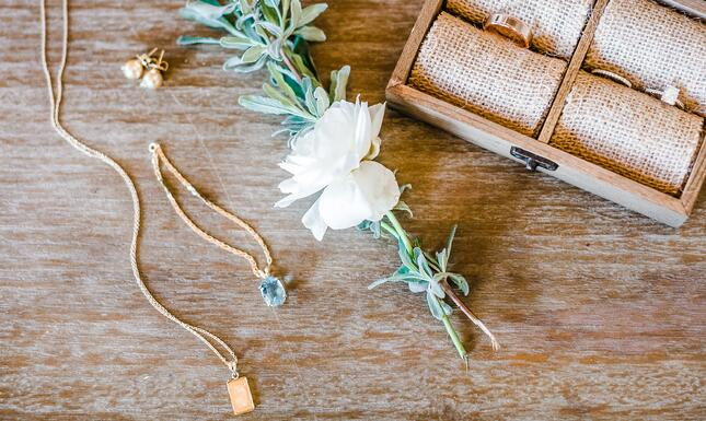 GalwayDowns-JewelryDetail-2019-WedewoodWeddings-Cropped