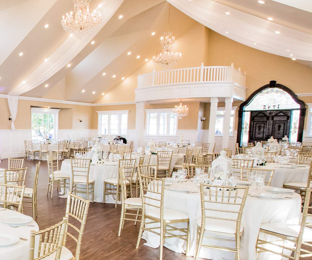 Grand Indoor Ballroom at Lindsay Grove