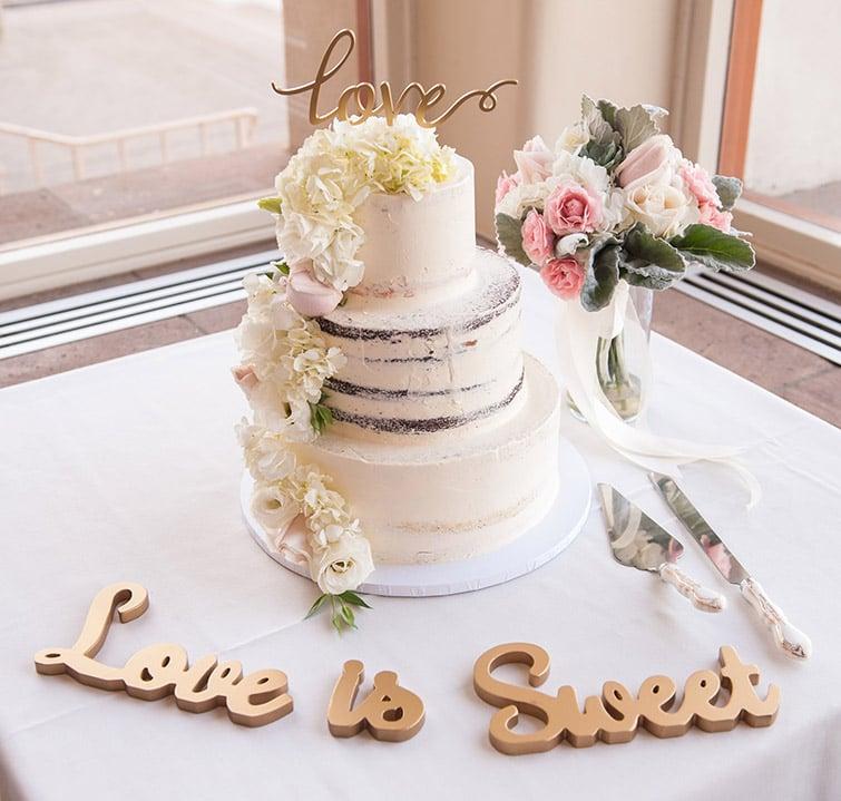 Love is Sweet - Wedding Cake - Wedgewood Weddings