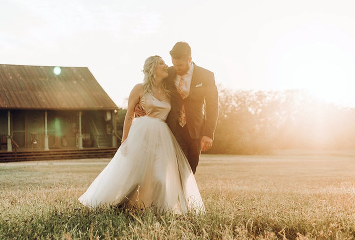 Celebrate your nuptials with a weekday wedding at Hofmann Ranch by Wedgewood Weddings
