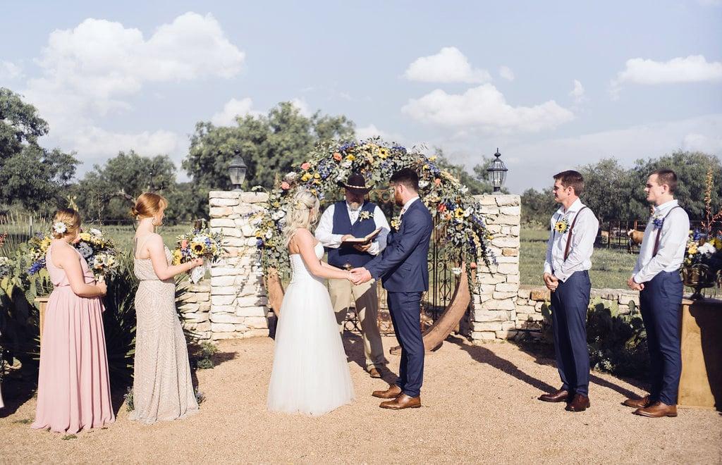 An outdoor wedding ceremony at Hofmann Ranch in San Antonio