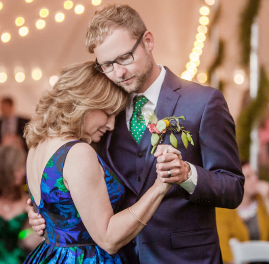 Mother and Son Dance - Wedgewood Weddings
