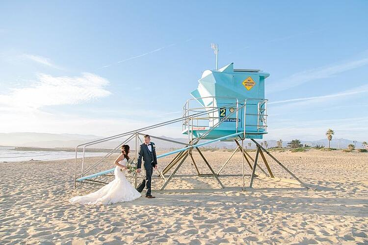 bride and groom on the Ventura County beaches at Pacific View Tower