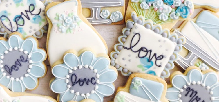Wedding favor cookies from Etsy