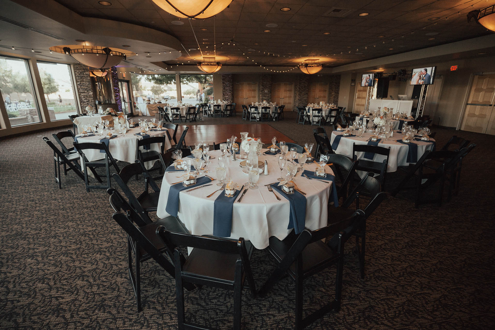 Las vegas wedgewood weddings wedding reception in the citation room junglespirit Images