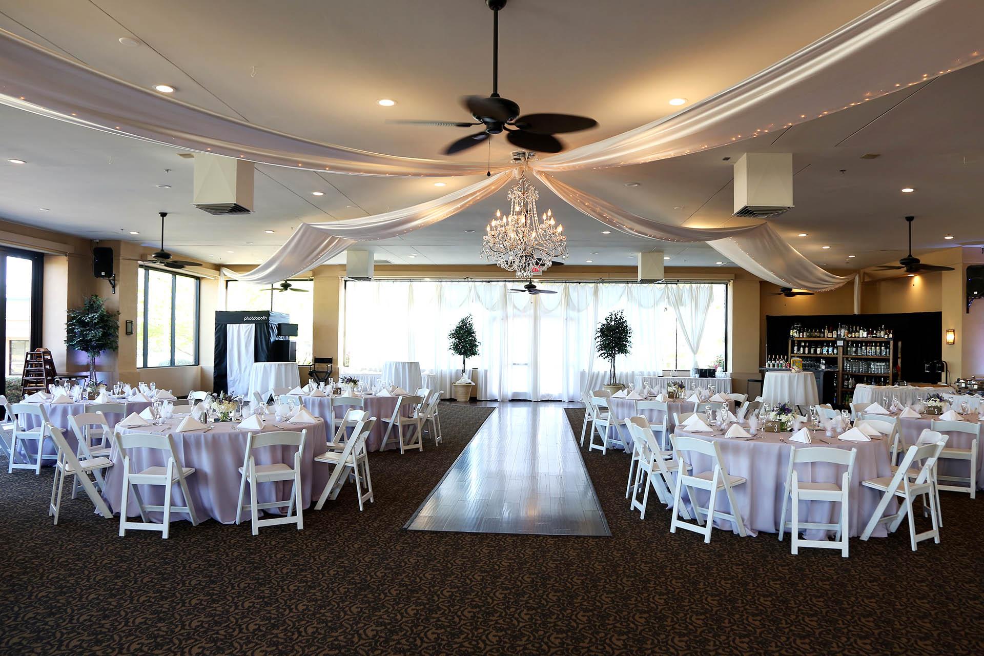 Palm Valley | Wedgewood Weddings