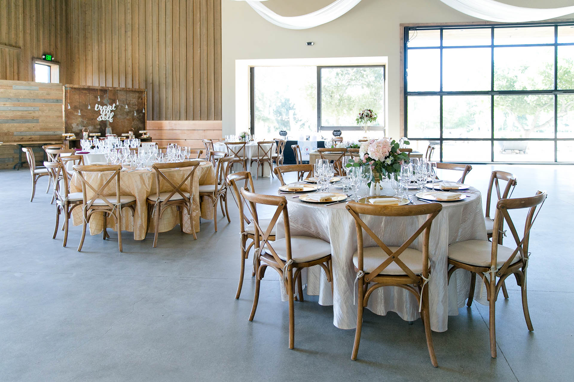 Galway downs wedgewood weddings modern rustic barn wedding venue wedgewood weddings galway downs temecula california junglespirit Image collections