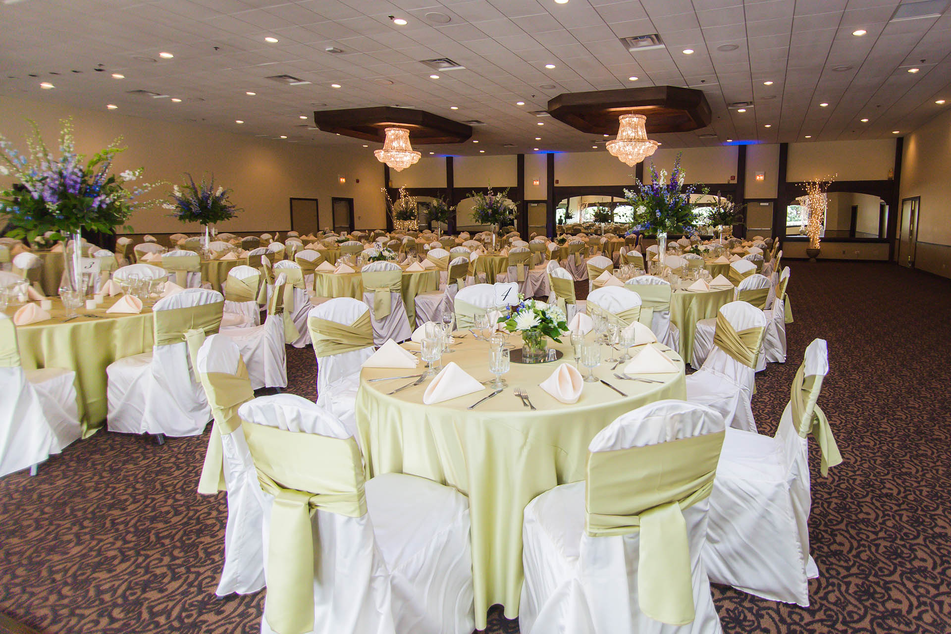 The Chandler Room Is Perfect For Larger Receptions At Wedgewood Weddings North S Lake County Il