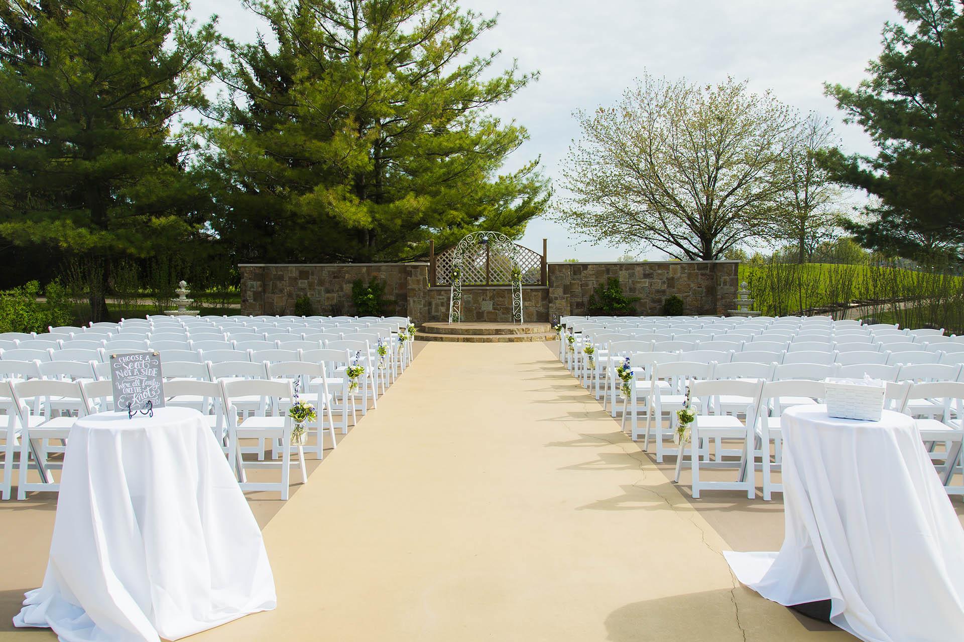 North shore wedgewood weddings wedding ceremony on the terrace at wedgewood weddings north shore north chicago solutioingenieria Gallery