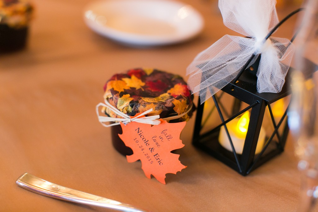 diy fall wedding decor favors