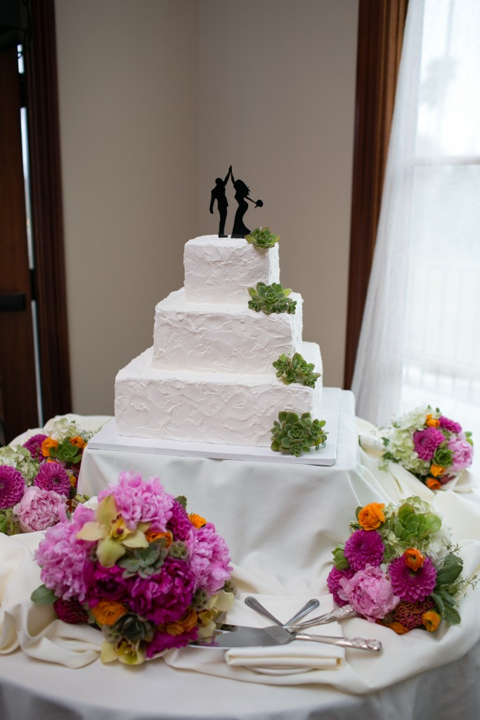 clever wedding cake table at Wedgewood Weddings