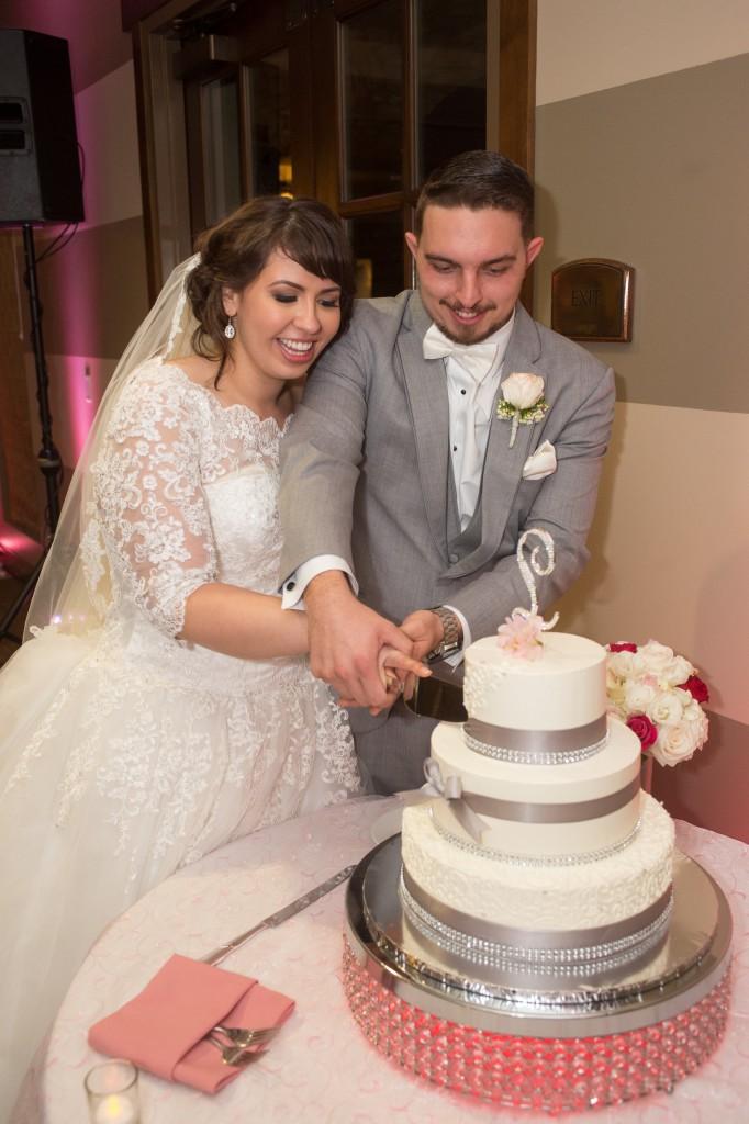 cake cutting wedgewood wedding vellano