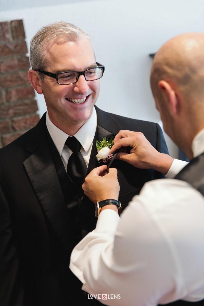 groomsman boutineer
