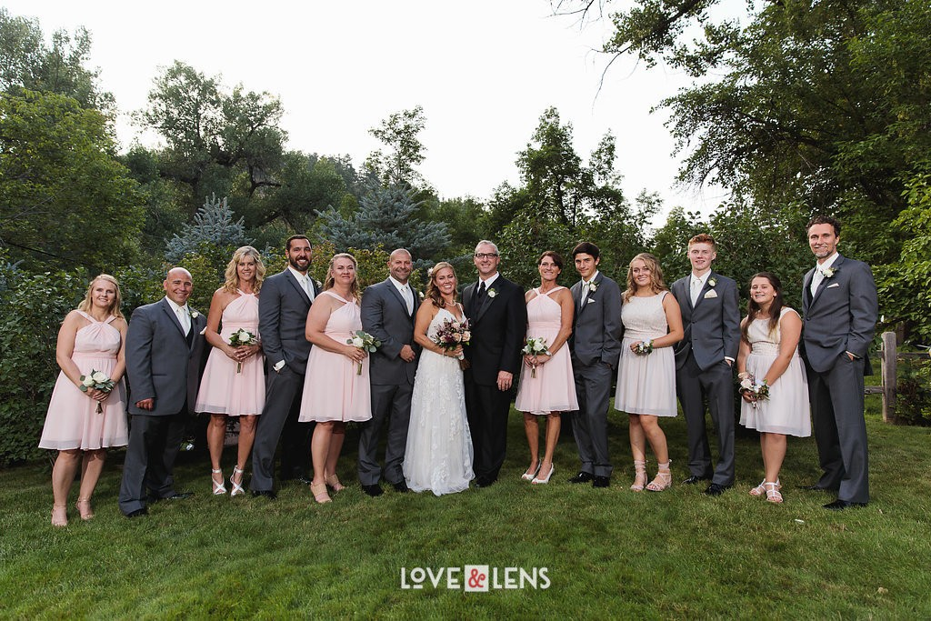 colorado outdoor wedding party