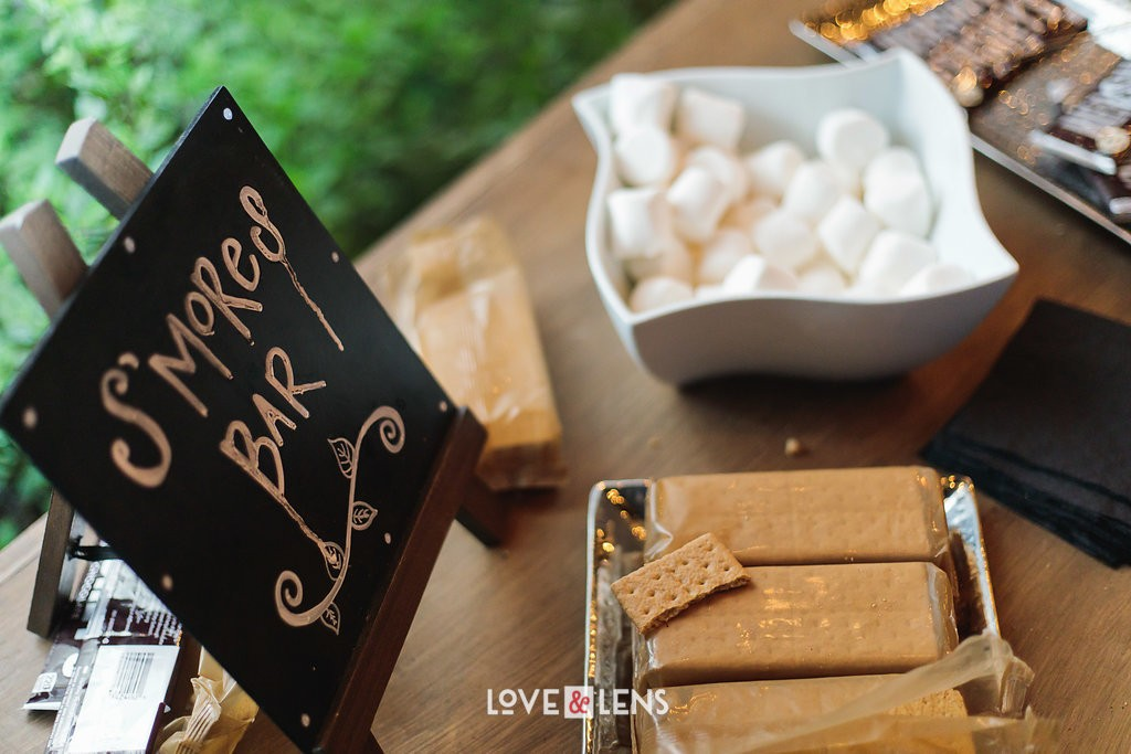 wedding s'mores bar