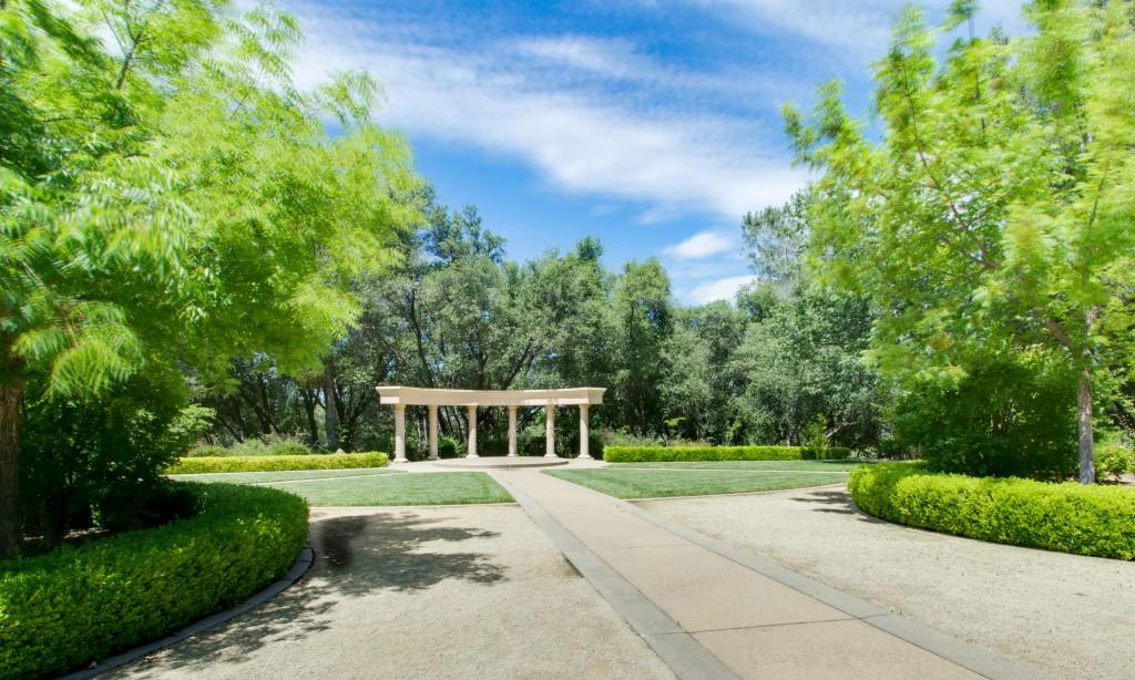 gorgeous outdoor wedding venue david girard vineyards