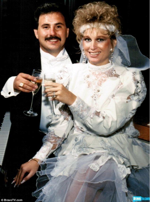 1980 wedding dress style