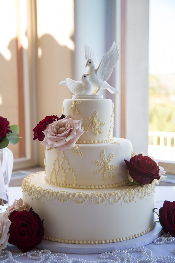 dove cake table at Wedgewood Weddings