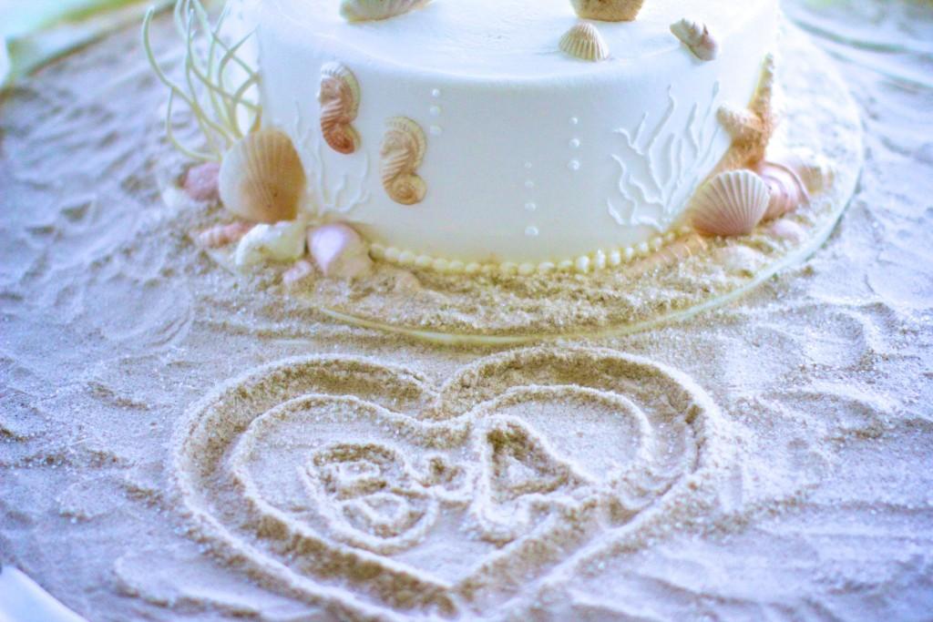 beach themed cake table at Wedgewood Weddings