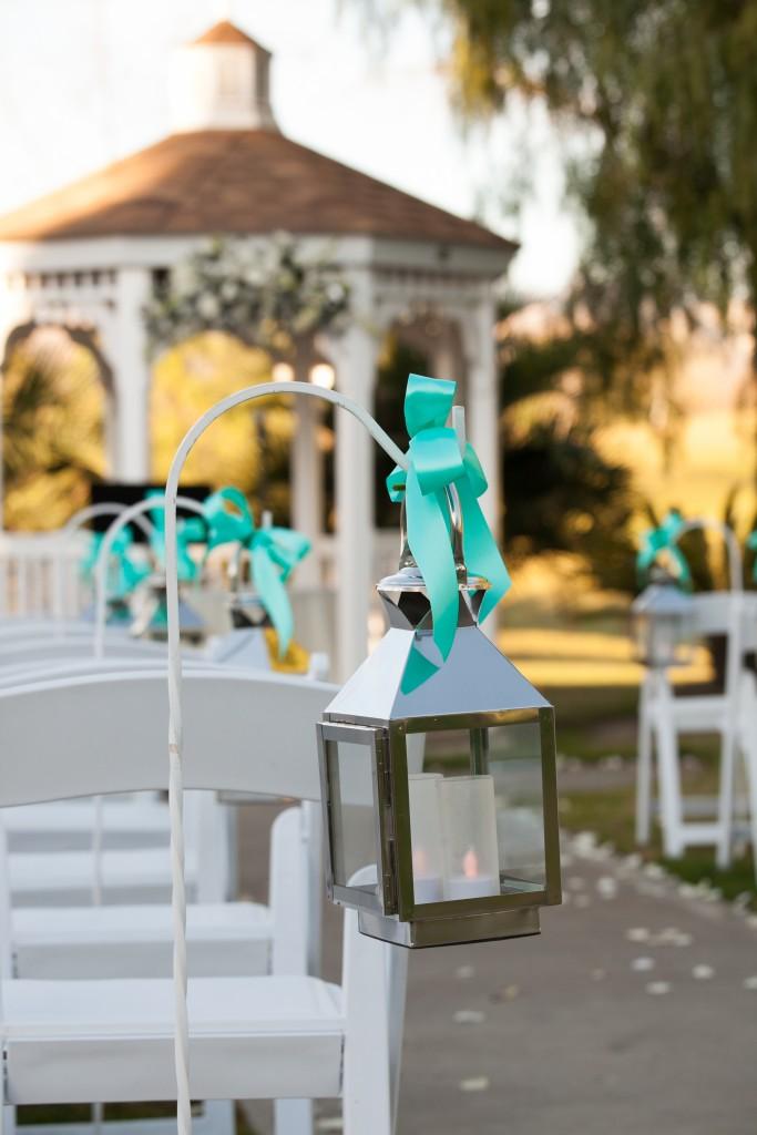 wedding aisle lantern decor