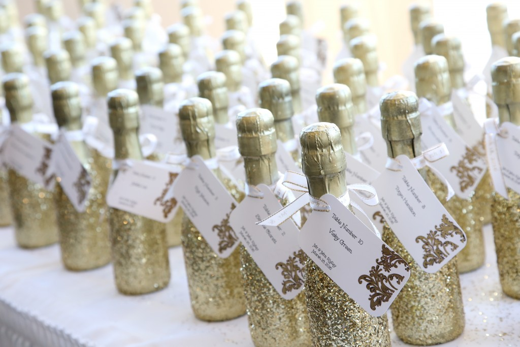 palm valley wedding favor champagne toast