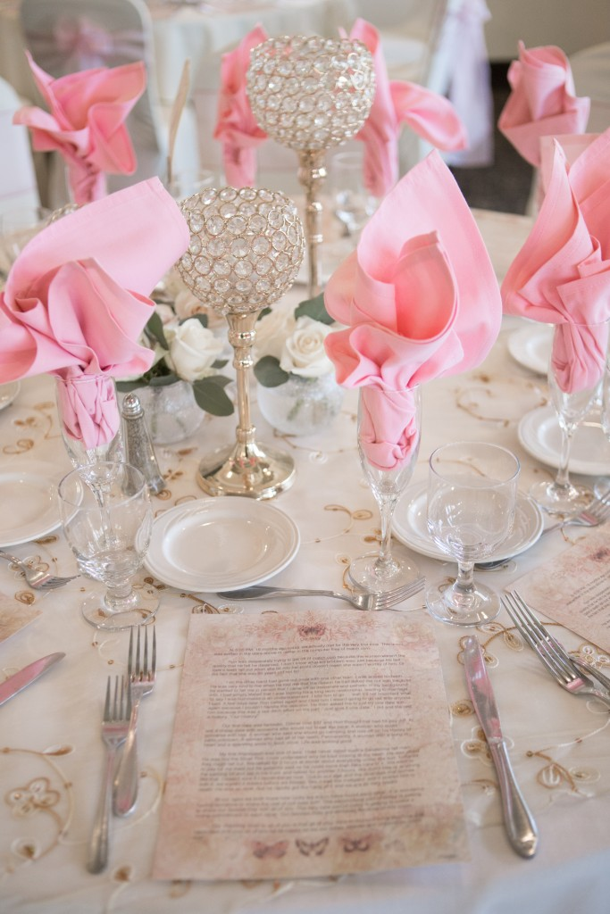 beautiful table linens
