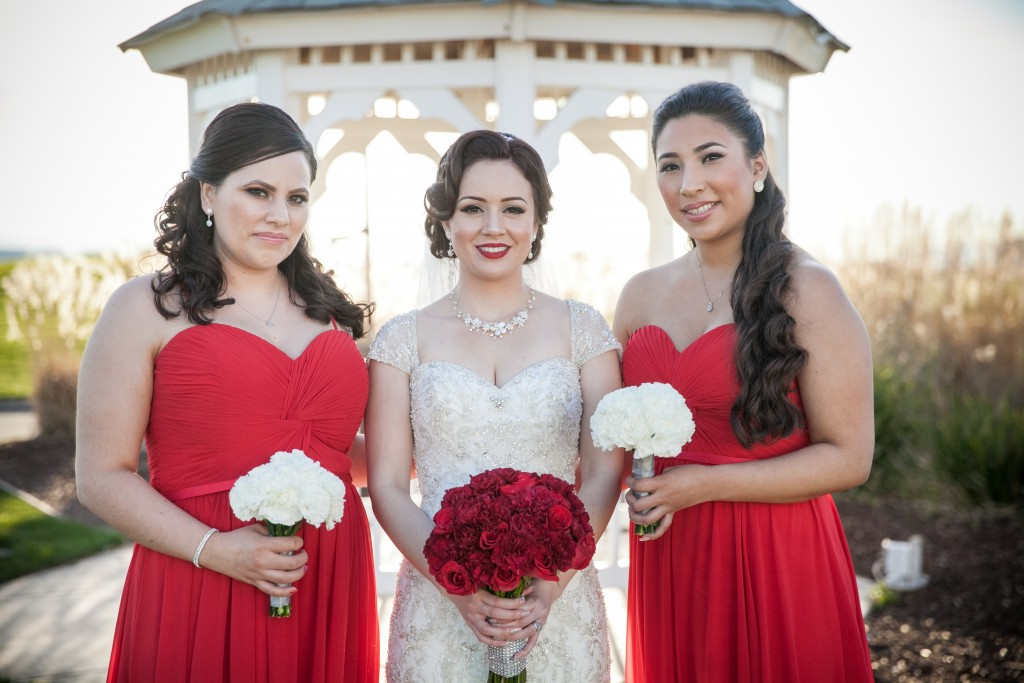 red theme Wedgewood Weddings party