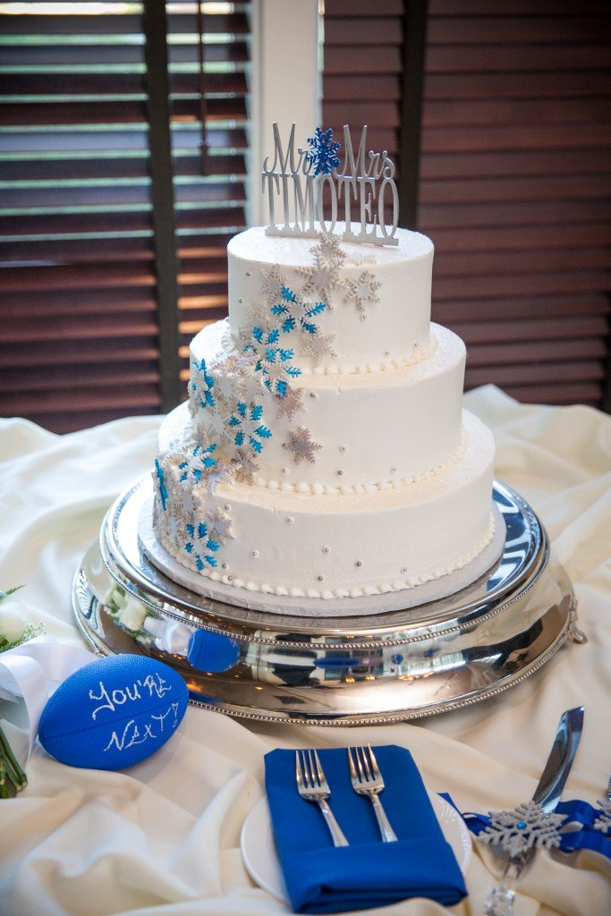 winter wedding cake blue and silver at Wedgewood Weddings