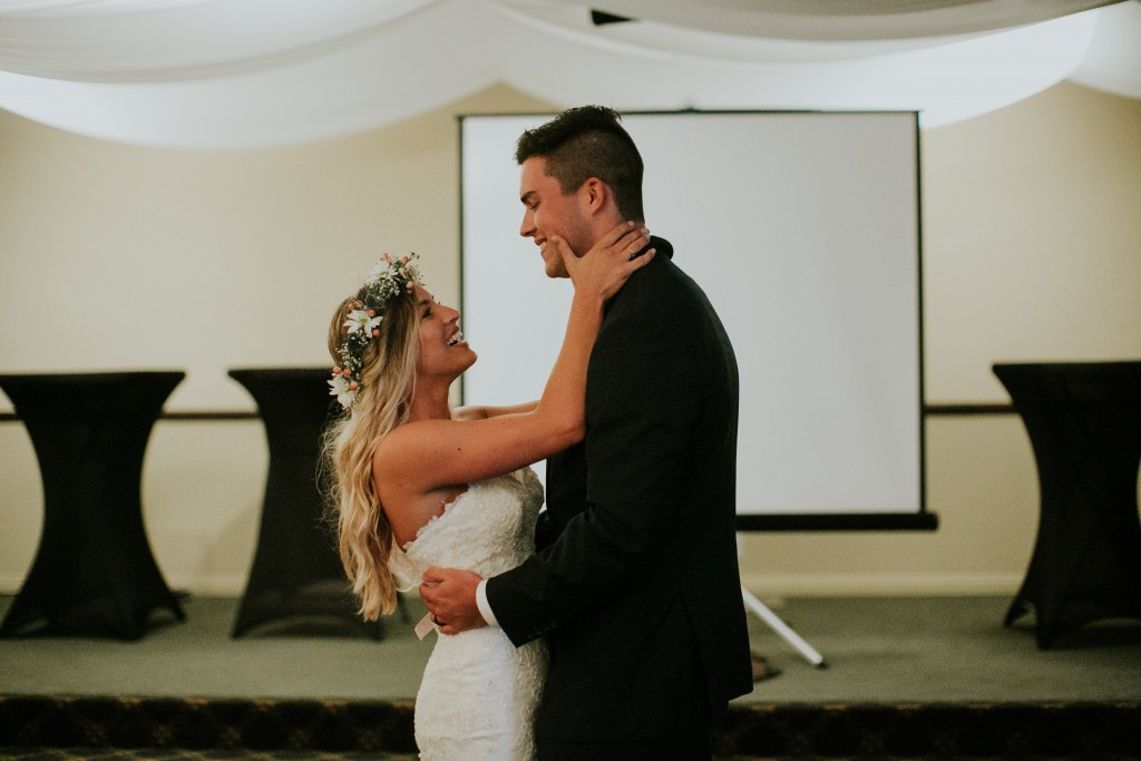 ventura california bride groom first dance