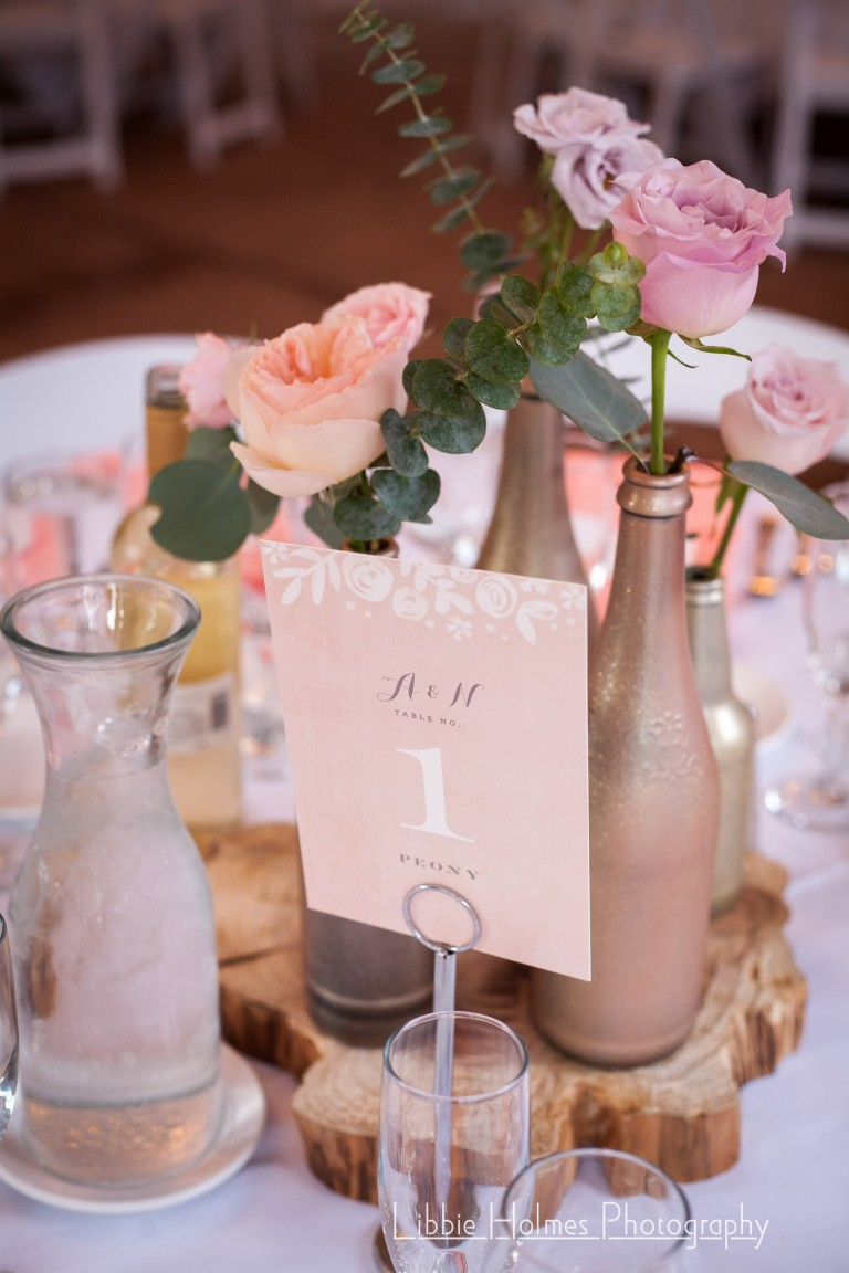 dusty blush wedding color scheme centerpiece