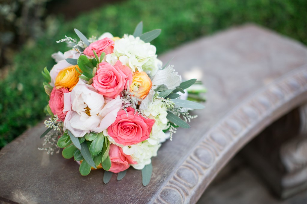 gorgeous wedding flower bouquet