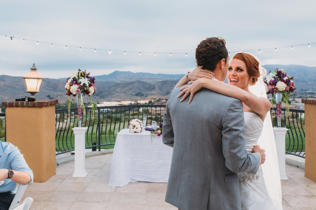 bride and groom dancing with scenic backdrop wedding venue the retreat