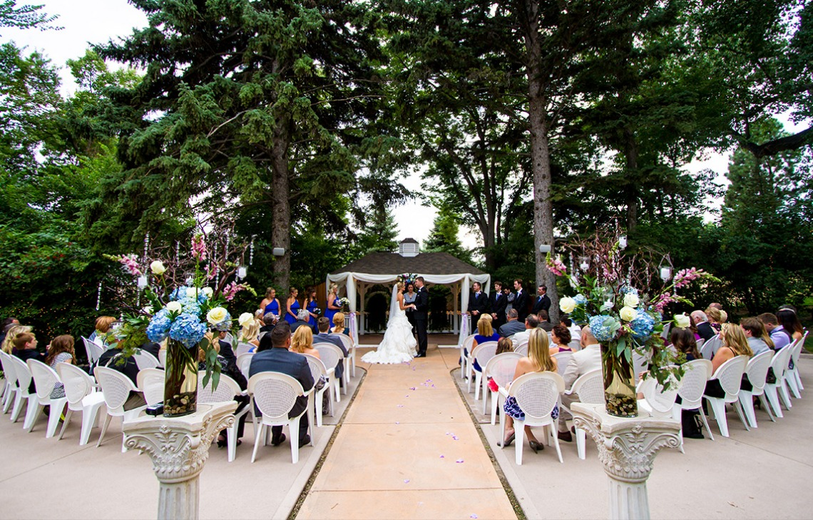 Outdoor Ceremony - Tapestry House - Laporte, Colorado - Larmier County - Wedgewood Weddings