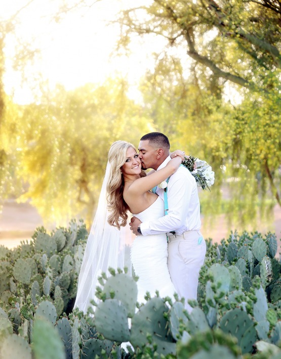 Fantastic photo opportunities - Palm Valley - Goodyear, Arizona - Maricopa County - Wedgewood Weddings