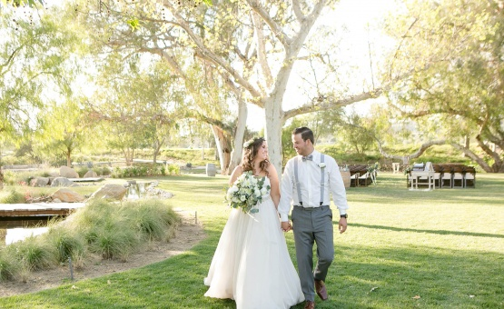 Rustic romance - Temecula, California - Riverside County - Wedgewood Weddings