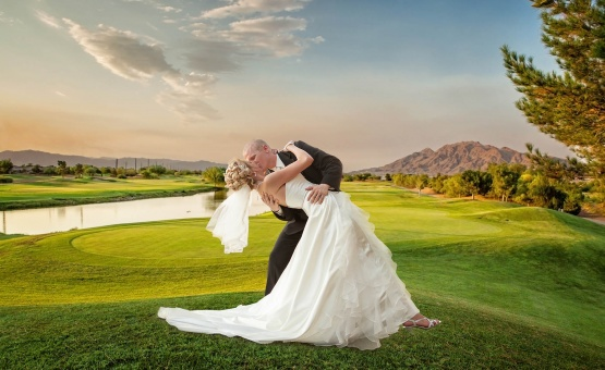 Lush green golf course - Las Vegas - Las Vegas, Nevada - Clark County - Wedgewood Weddings