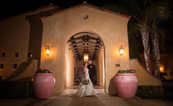 romantic backdrops for gorgeous photos - The Retreat - Corona, California - Riverside County - Wedgewood Weddings
