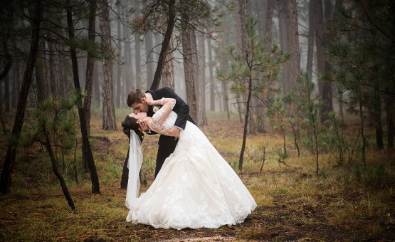 Romantic kiss in the woods - Black Forest - Colorado Springs, Colorado - El Paso County - Wedgewood Weddings