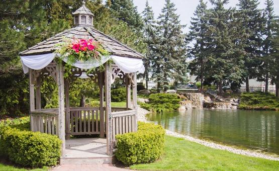 Gazebo - North Shore - Wadsworth, Illinois - Lake County - Wedgewood Weddings