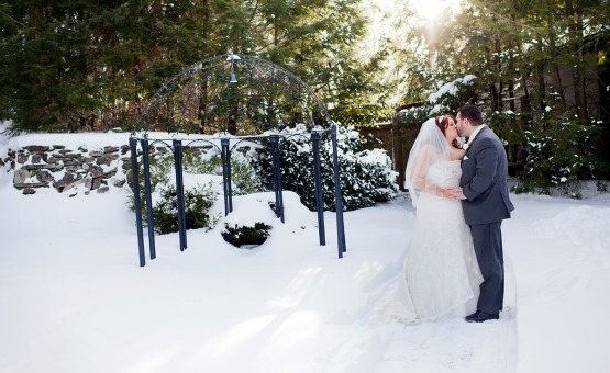 Snowy Kiss - Granite Rose - Hampstead, New Hampshire - Rockingham County - Wedgewood Weddings