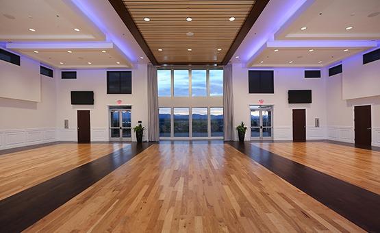 Spacious reception room - Ashley Ridge - Littleton, Colorado - Arapahoe County - Wedgewood Weddings