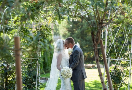 Grounds of the historic mansion wedding venue, Wedgewood Weddings Sequoia Mansion – Sacramento Area