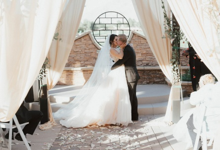 Romantic ceremony - Las Vegas - Las Vegas, Nevada - Clark County - Wedgewood Weddings