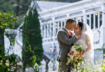 kissing couple - Sequoia Mansion - Placerville, California, El Dorado County - Wedgewood Weddings